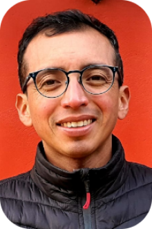 P. Jhony Martín Espadas Dzib